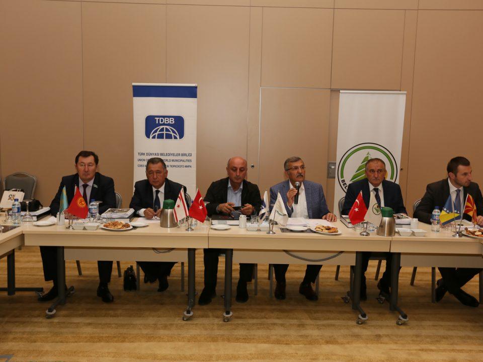 turk-dunyasi-belediyeler-birligi-tdbb-temsilcileri-boluya-hayran-kaldi-resim